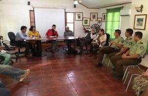 Alcalde Roberto Torres Huerta se reunió con Carabineros y organizaciones sociales de Alhué